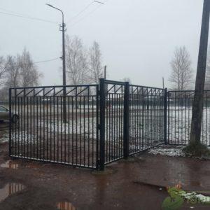 МУНИЦИПАЛЬНЫЙ КОНТРАКТ на устройство ограждения в Бокситогорске и Пикалево